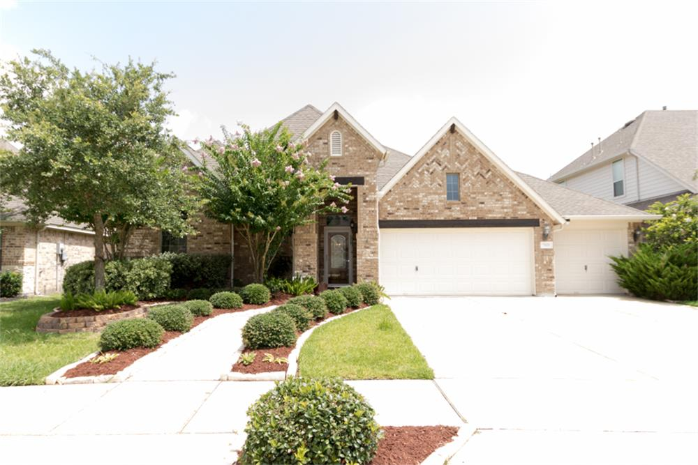 Beautiful One Story Home in desirable part of Sienna Plantation